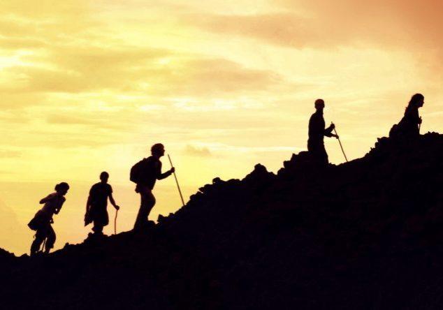 Hiking-Sunset-Silhouettes-1024x444-landscape